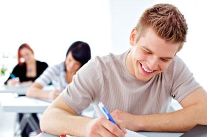 İngilizce Dersleri Masası ve öğrencilere etkisi